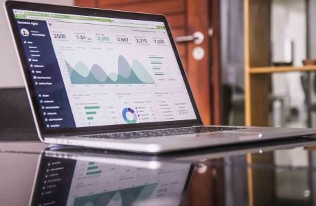 Analysetools erlernt wer eine Ausbildung zum Kaufmann E-Commerce macht